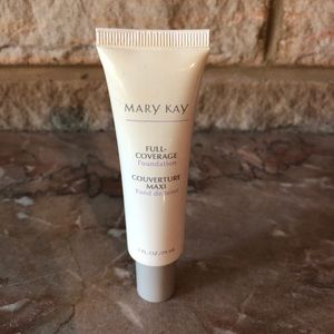 Demo Mary Kay Full Coverage Foundation Beige 304